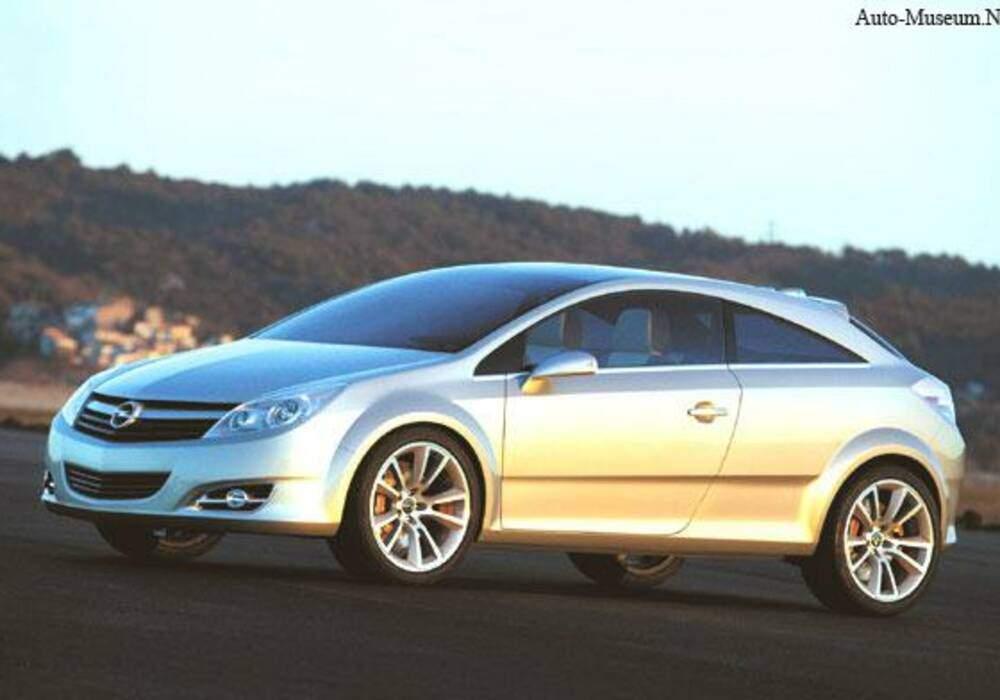 Fiche technique Opel GTC (2003)