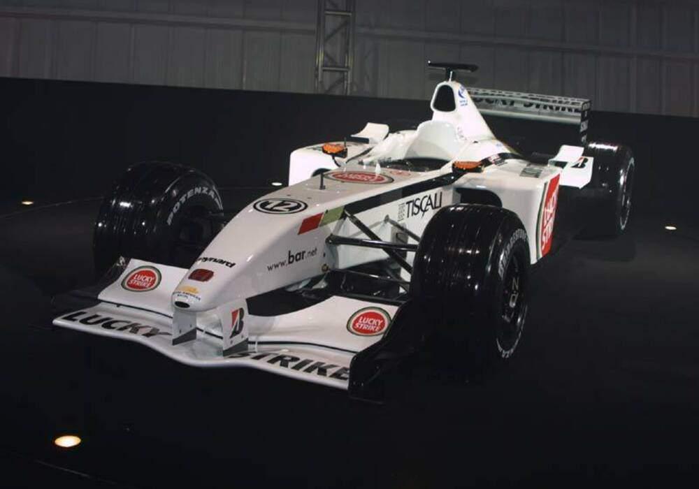 Fiche technique BAR 004 Honda (2002)