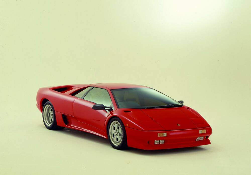 fiche technique lamborghini diablo 1990 1994. Black Bedroom Furniture Sets. Home Design Ideas