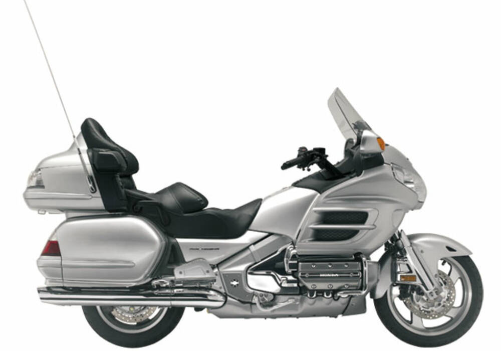 fiche technique honda gl 1800 goldwing 2001. Black Bedroom Furniture Sets. Home Design Ideas
