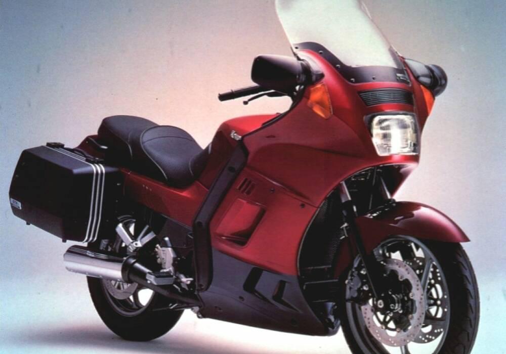 Fiche technique Kawasaki 1000 GTR (1986)