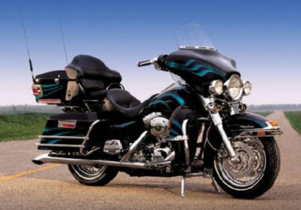Fiche technique Harley-Davidson FLHTCUI 1450 Electra Glide Ultra Classic (2001)