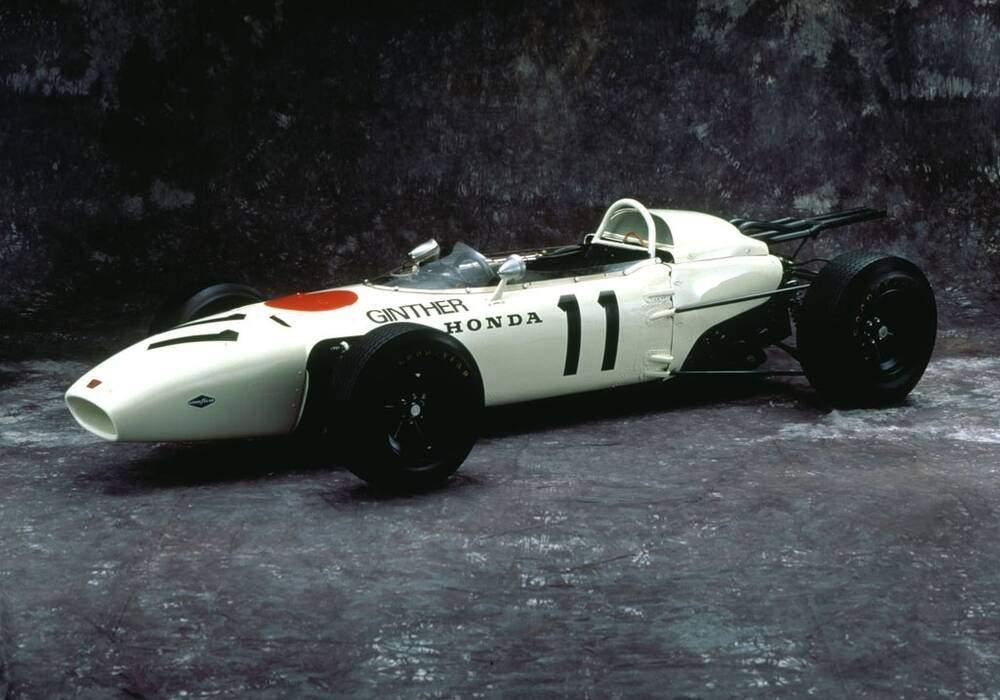 Fiche technique Honda RA272 (1965)