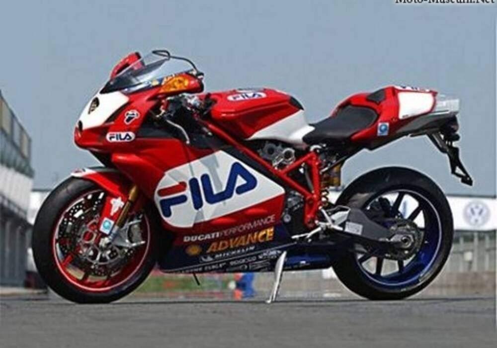 Fiche technique Ducati 999 R FILA (2003)