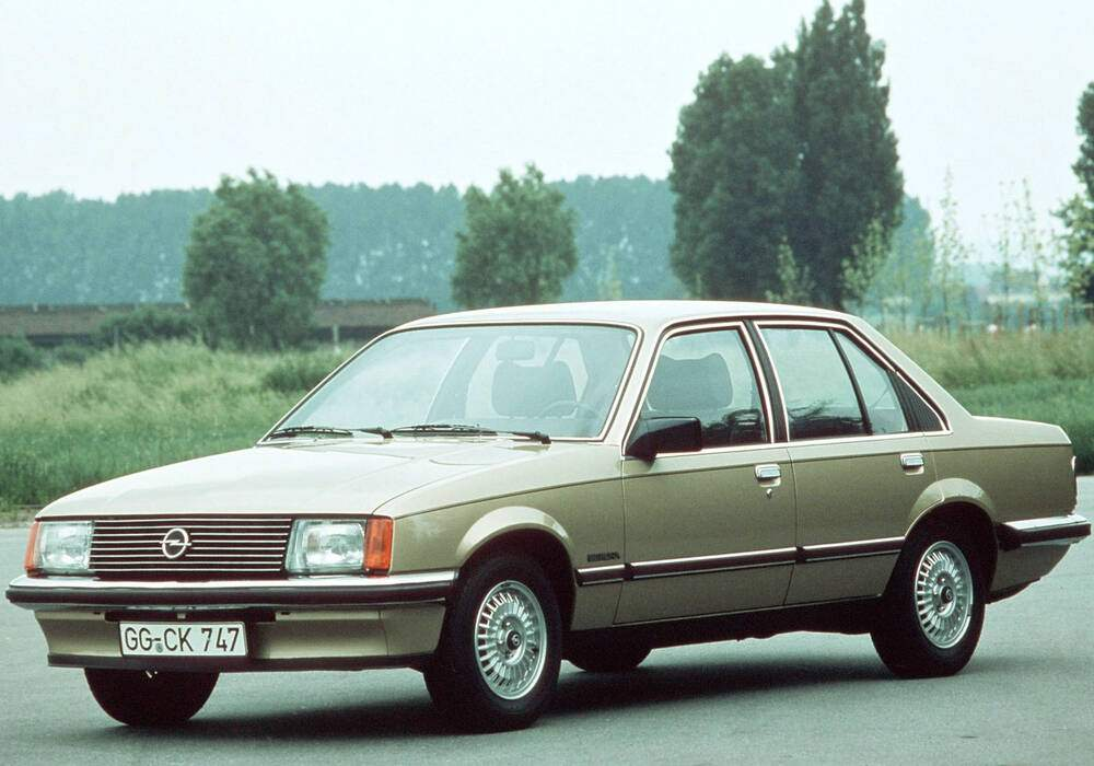 Fiche technique Opel Rekord VII 2.0E (E1) (1977-1982)