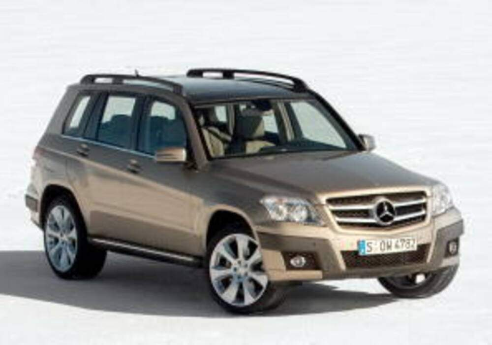 fiche technique mercedes benz glk 220 cdi bluetec 2008 2015. Black Bedroom Furniture Sets. Home Design Ideas