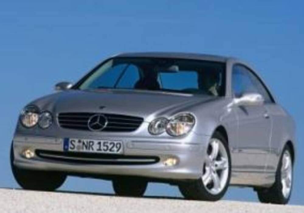 Fiche technique Mercedes-Benz CLK II 500 (2002-2006)