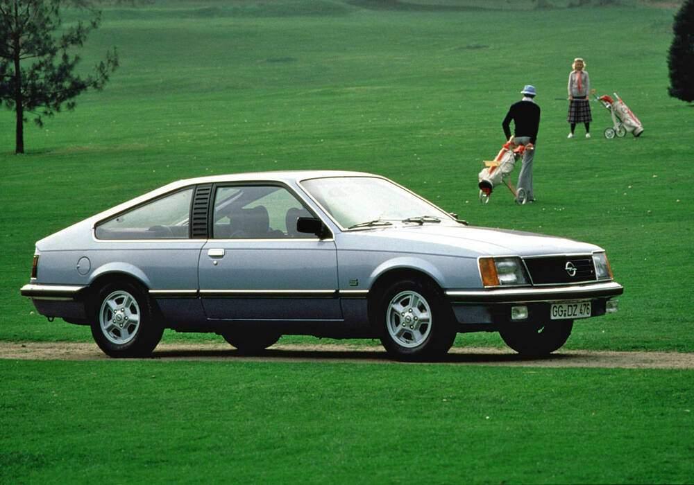 Fiche technique Opel Monza 3.0 E (1980-1986)