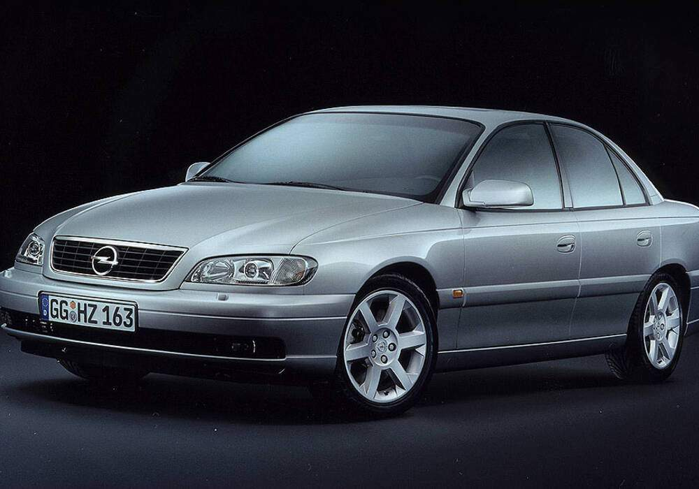 Fiche technique Opel Omega II 2.2 16v (B) (2001-2003)