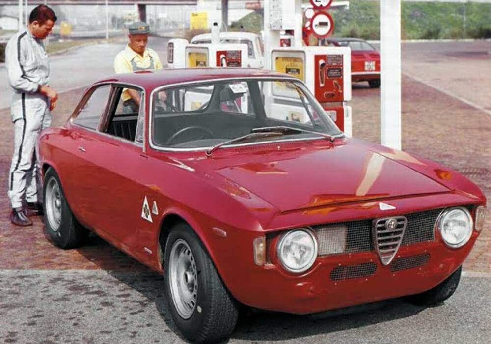 fiche technique alfa romeo giulia 1600 sprint gta 1965 1969. Black Bedroom Furniture Sets. Home Design Ideas