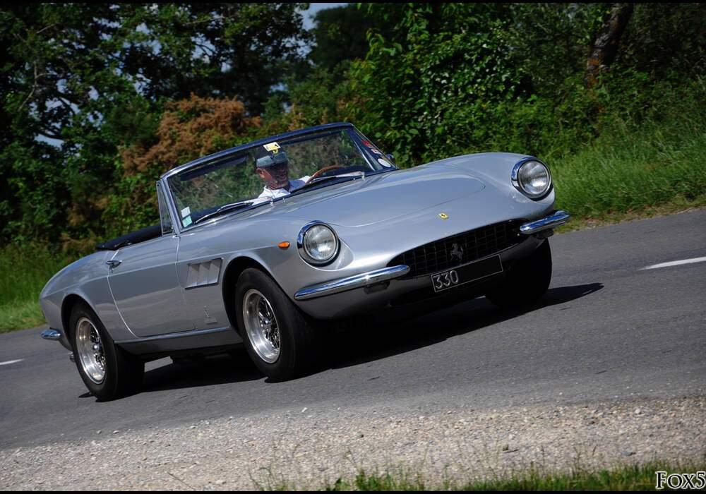 Fiche technique Ferrari 330 GTS (1966-1968)