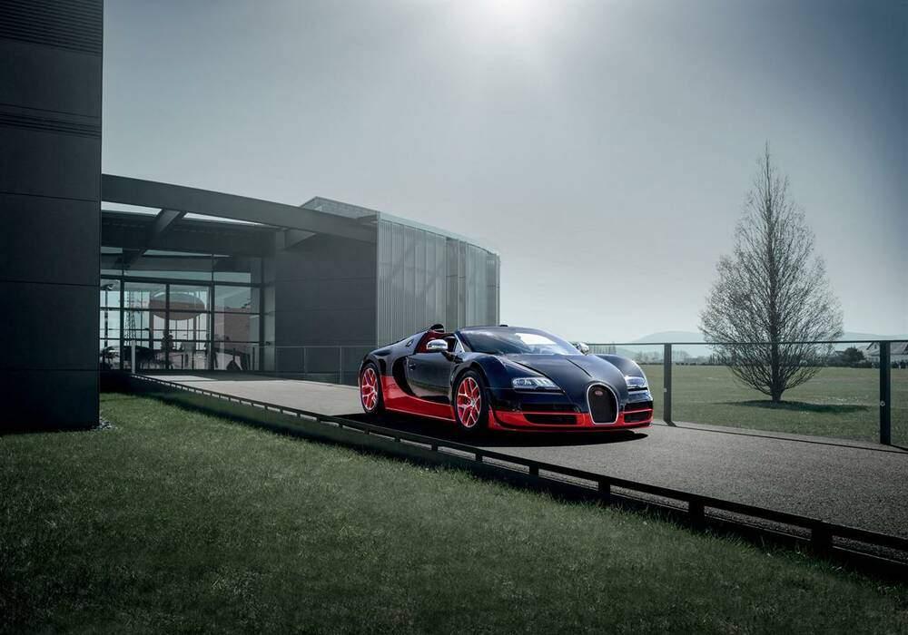 Fiche technique Bugatti EB 16.4 Veyron Grand Sport Vitesse « Black & Red » (2012)
