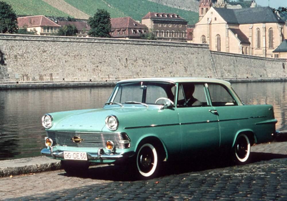 Fiche technique Opel Rekord II 1700 (P2) (1960-1963)