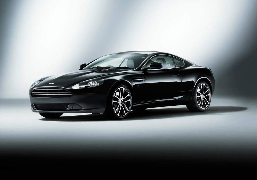 Fiche technique Aston Martin DB9 « Carbon Black » (2010)