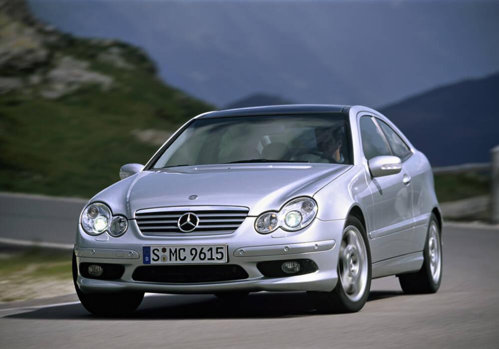 Fiche technique mercedes benz coup sport 30 cdi amg - Mercedes 220 cdi coupe sport fiche technique ...