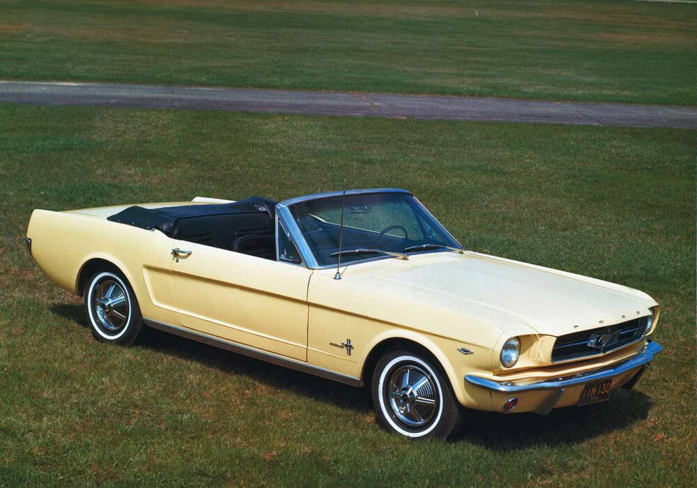 fiche technique ford mustang convertible 289ci 205 1964 1967. Black Bedroom Furniture Sets. Home Design Ideas