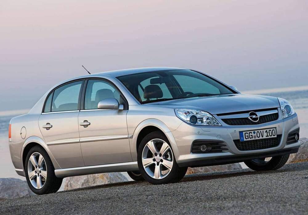 Fiche technique Opel Vectra III 1.9 CDTi 100 (C) (2005-2009)