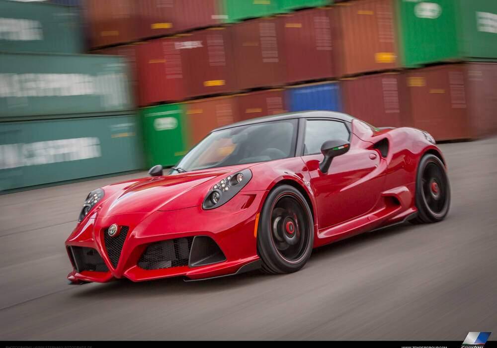 Zender retouche l'Alfa Romeo 4C