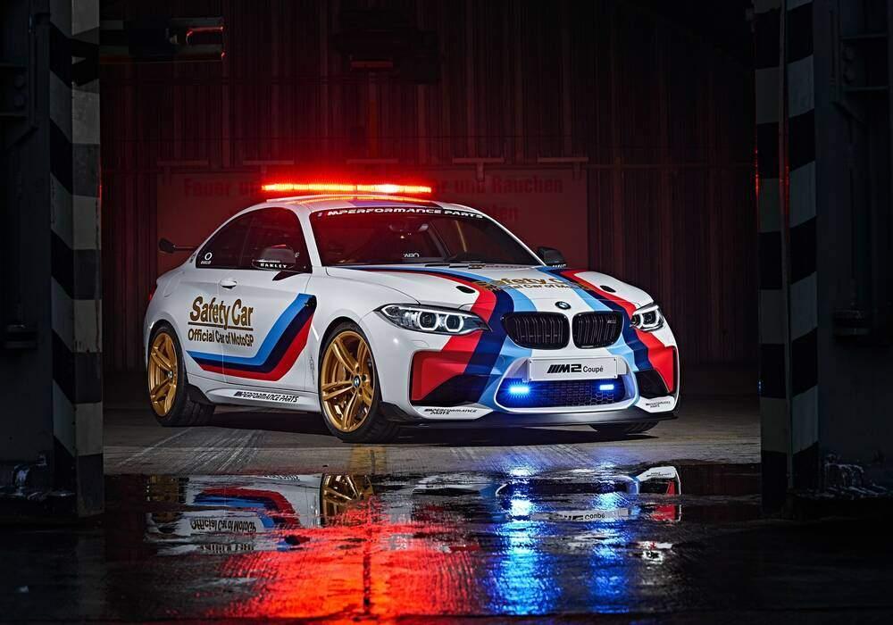 BMW dévoile la M2 MotoGP Safety Car