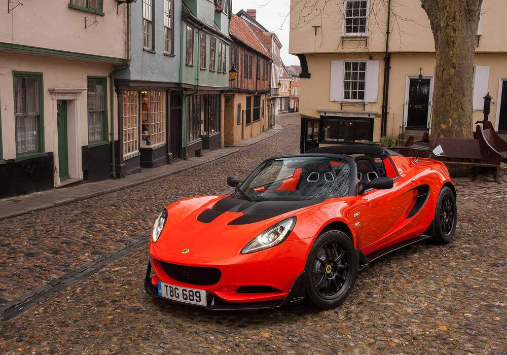 Lotus Exige Cup 250, « Light is Right »