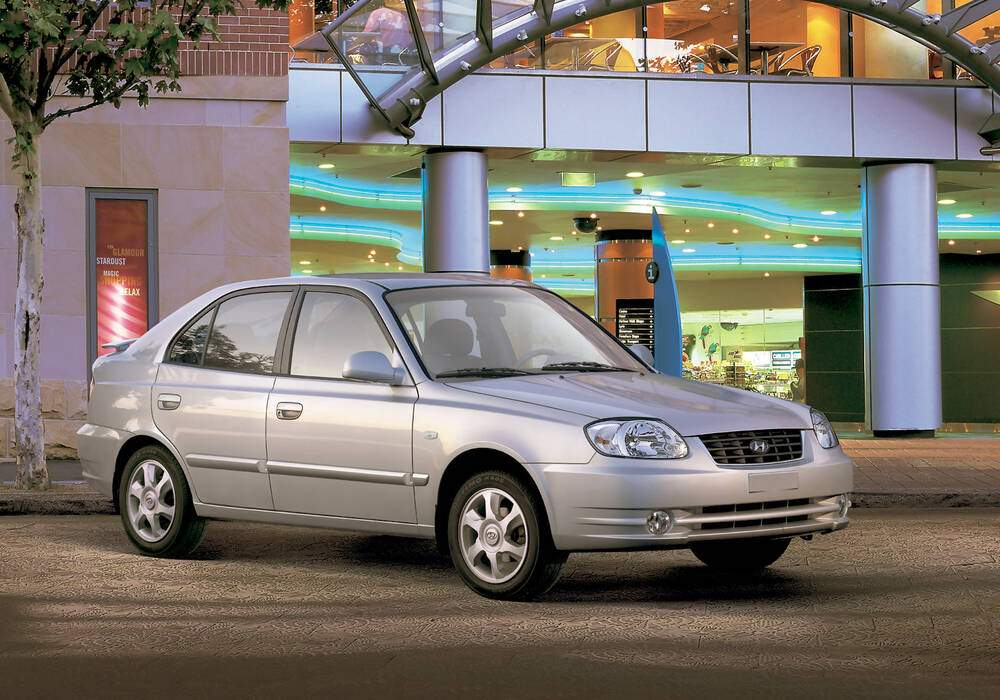 Fiche technique Hyundai Accent II 1.6 (2003-2005)