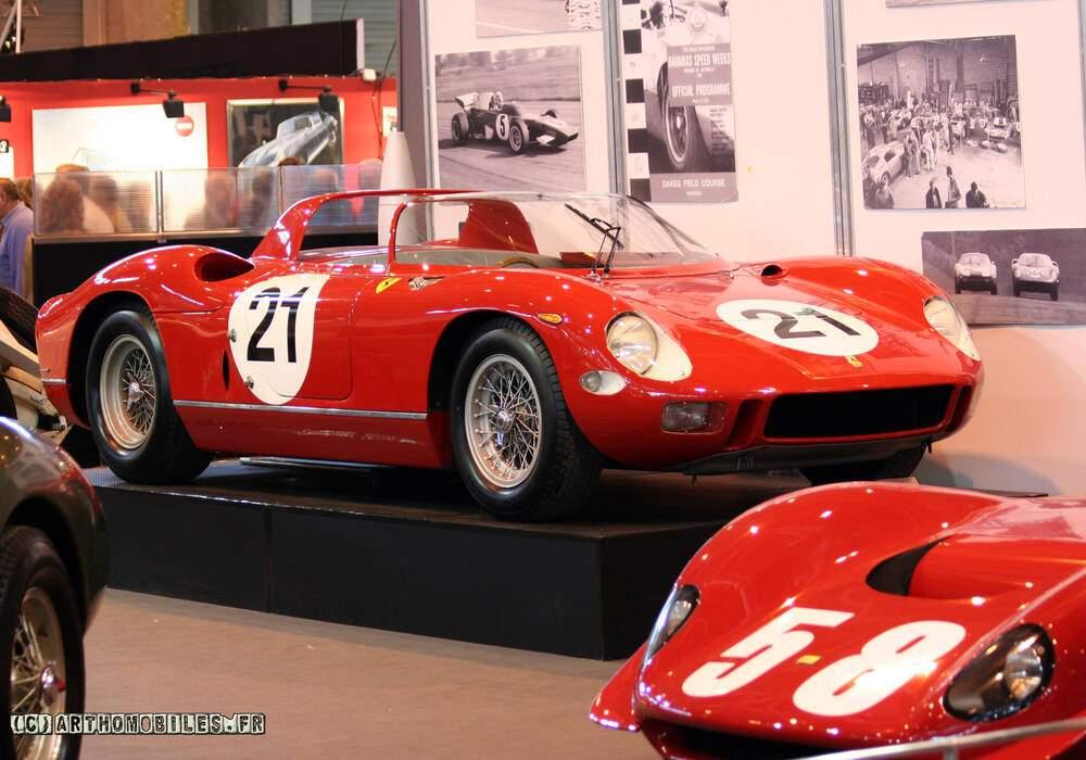 Fiche technique Ferrari 330 P (1964)