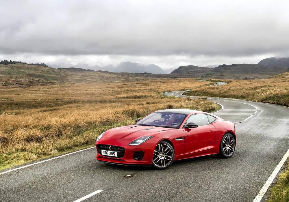 Fiche technique Jaguar F-Type Coupé 2.0T (2017)