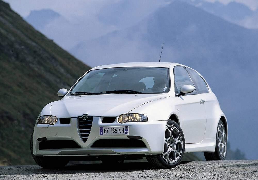Fiche technique Alfa Romeo 147 GTA (937) (2003-2006)