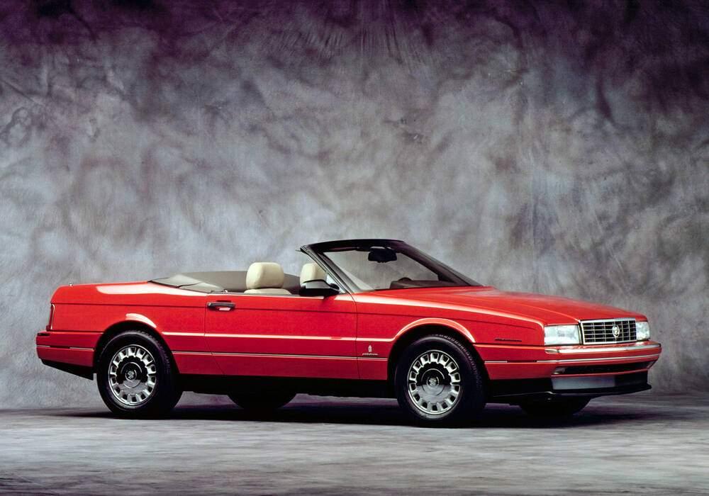 Fiche technique Cadillac Allanté 4.6 (1993)