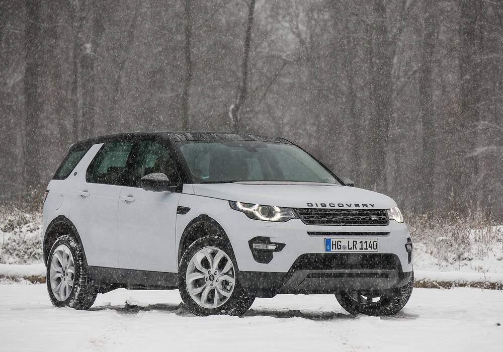 Fiche technique Land Rover Discovery Sport 2.0 SD4 240 (2017)