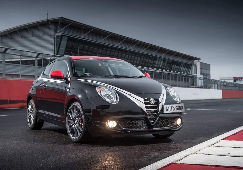 Fiche technique Alfa Romeo MiTo 1.4 MultiAir Quadrifoglio Verde « SBK Limited Edition » (2013)