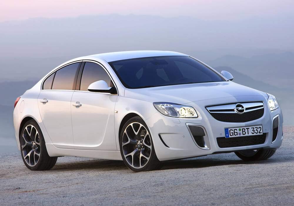 Fiche technique Opel Insignia OPC (2009-2017)