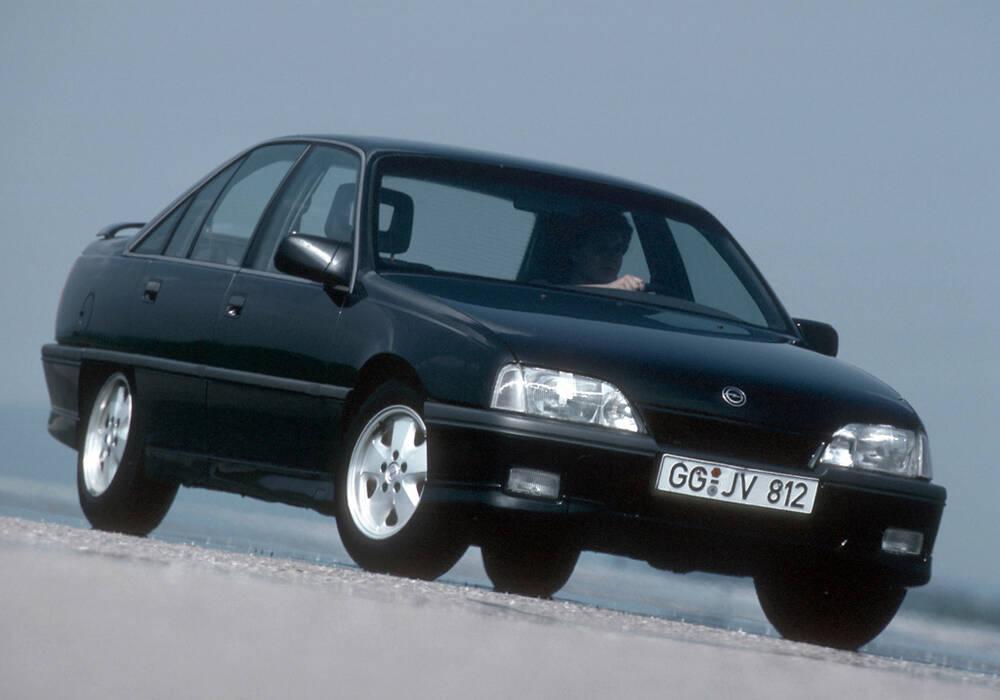 Fiche technique Opel Omega 3.0 24v (A) (1988-1993)