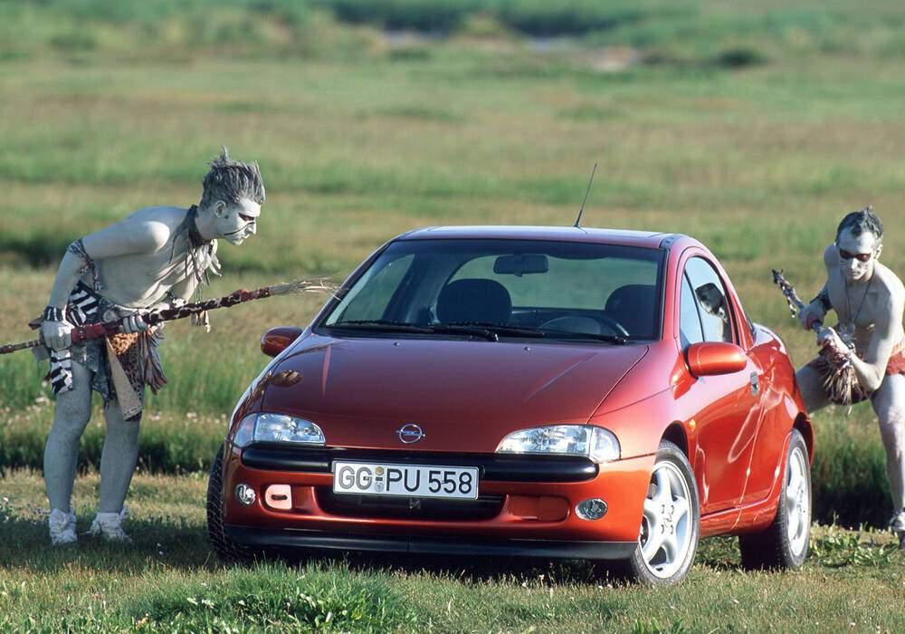 Fiche technique Opel Tigra 1.6i (1994-2000)