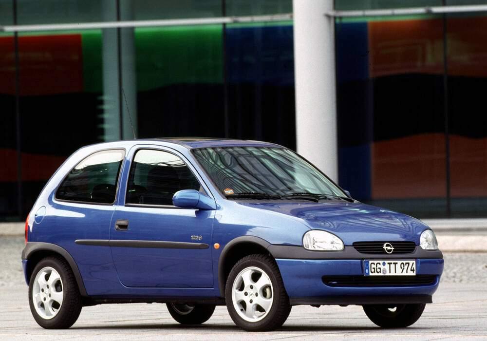 Fiche technique Opel Corsa II 1.0 12v « Edition 100 » (1999)