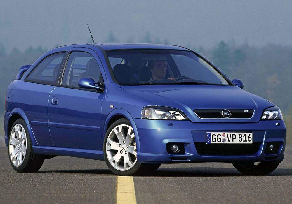 Fiche technique Opel Astra II OPC (2002-2005)