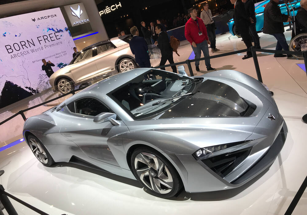Genève 2019 : Arcfox GT