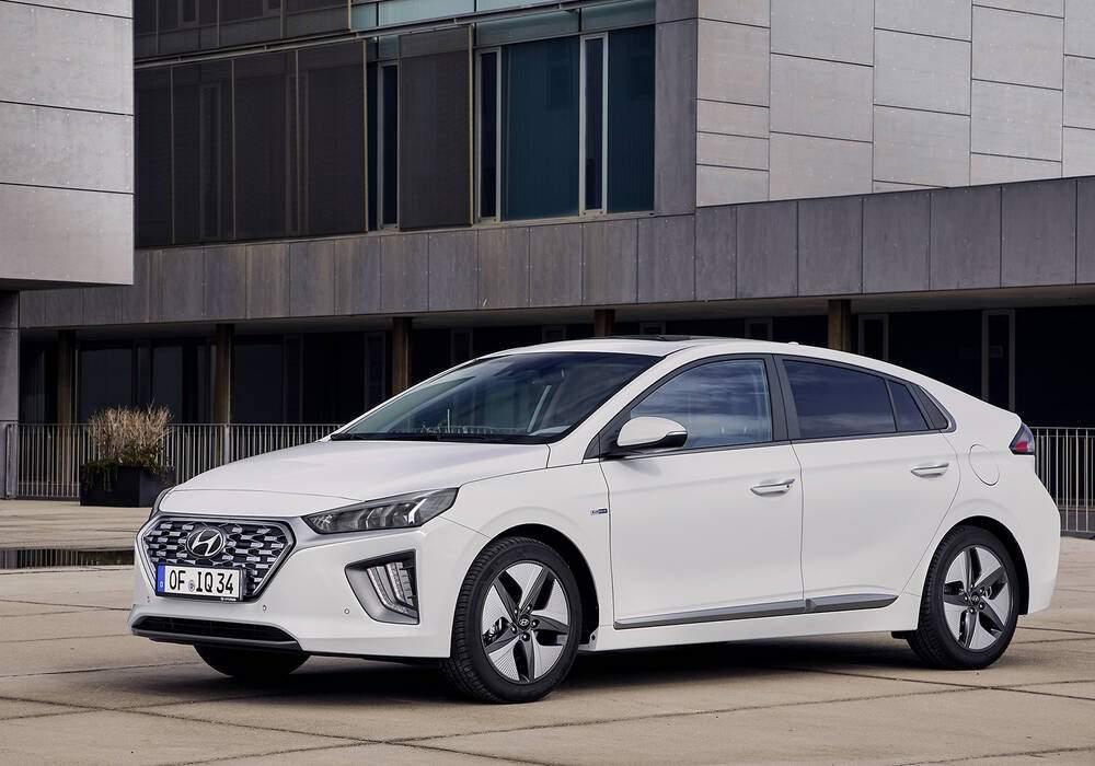 Fiche technique Hyundai Ioniq Hybrid (AE) (2016)