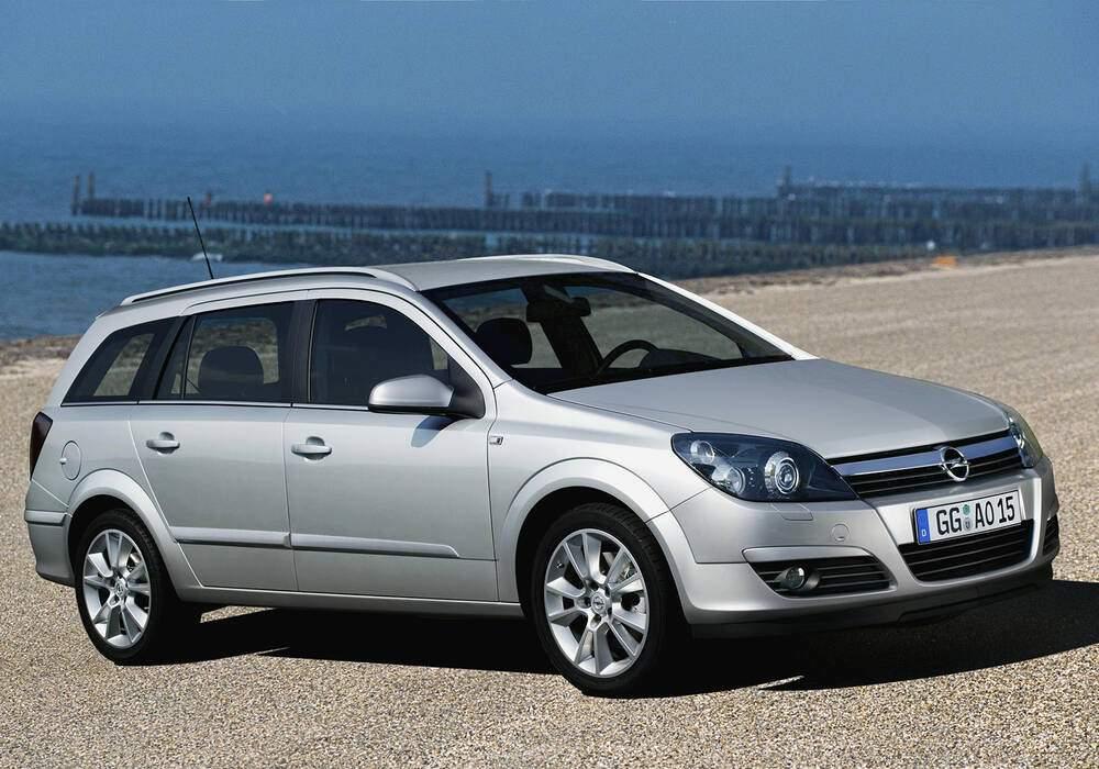 Fiche technique Opel Astra III Caravan 2.0 Turbo 200 (2004-2006)