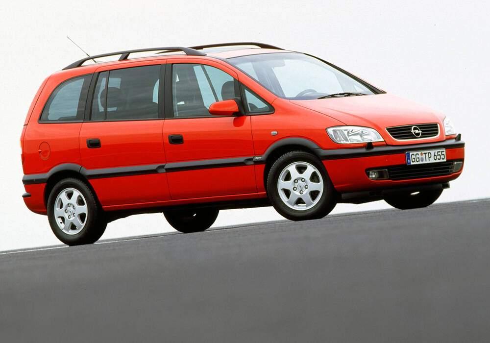 Fiche technique Opel Zafira 2.0 DI 16v (1999-2000)