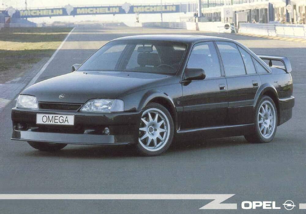 Fiche technique Opel Omega Evolution 500 (A) (1991-1993)
