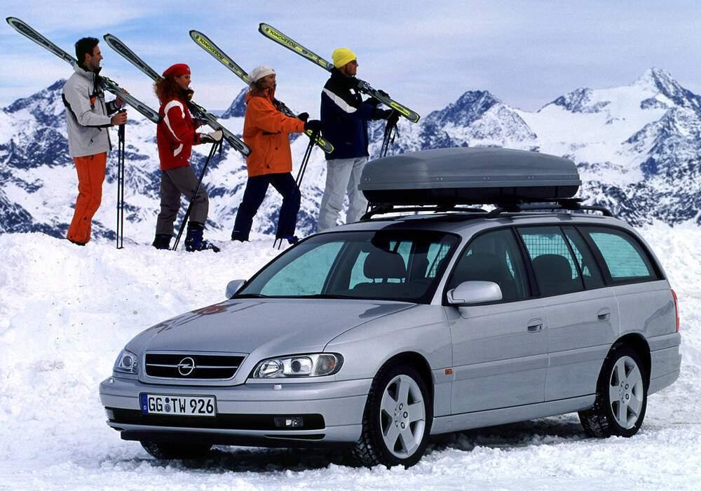 Fiche technique Opel Omega II Caravan 2.2 16v (B) (1999-2003)