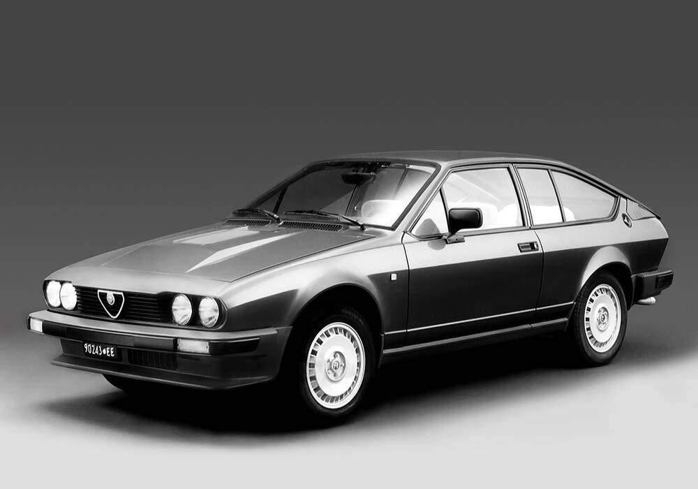 Fiche technique Alfa Romeo Alfetta GTV 6 2.5 (116) (1980-1987)