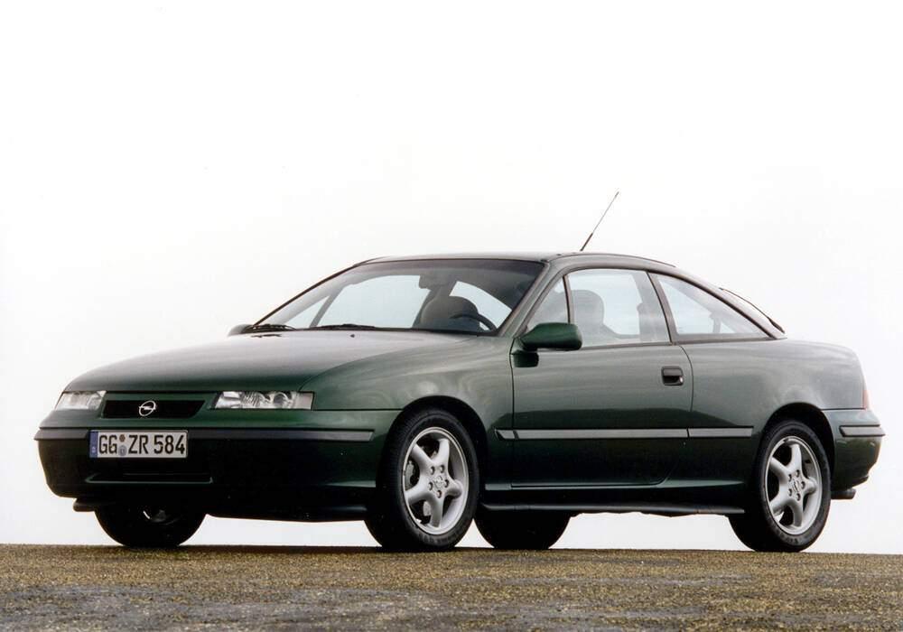 Fiche technique Opel Calibra 2.0 16v (1994-1998)