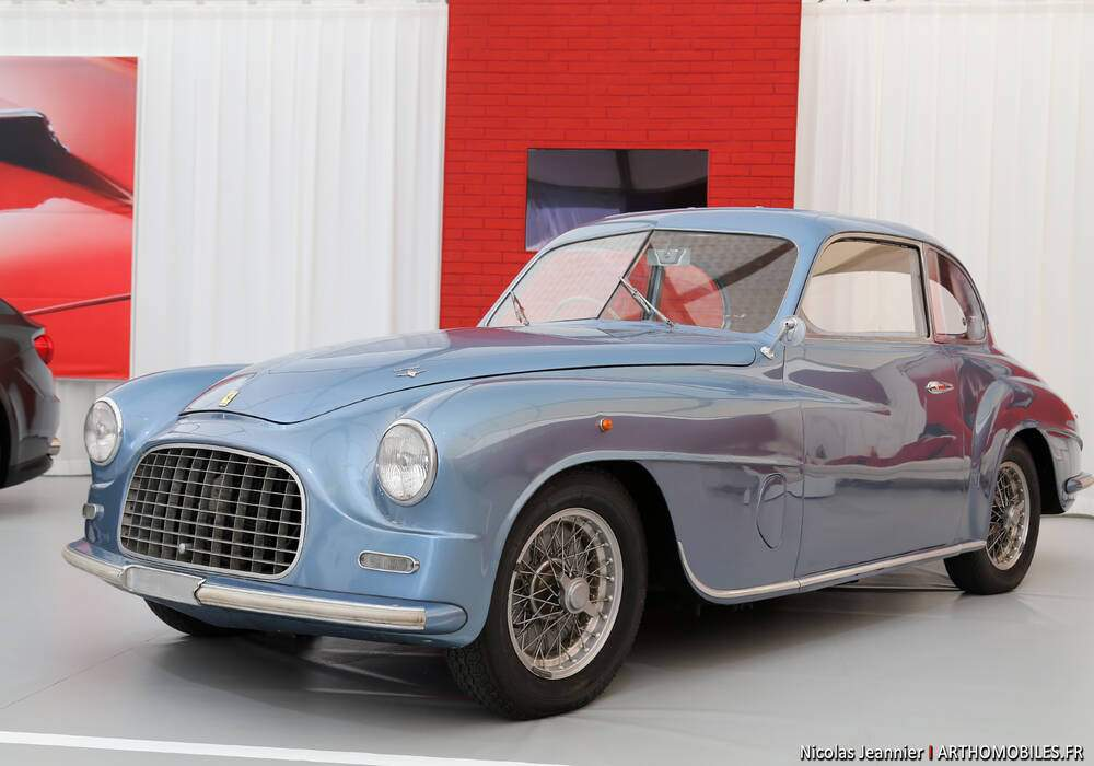 Fiche technique Ferrari 166 Sport (1948-1953)