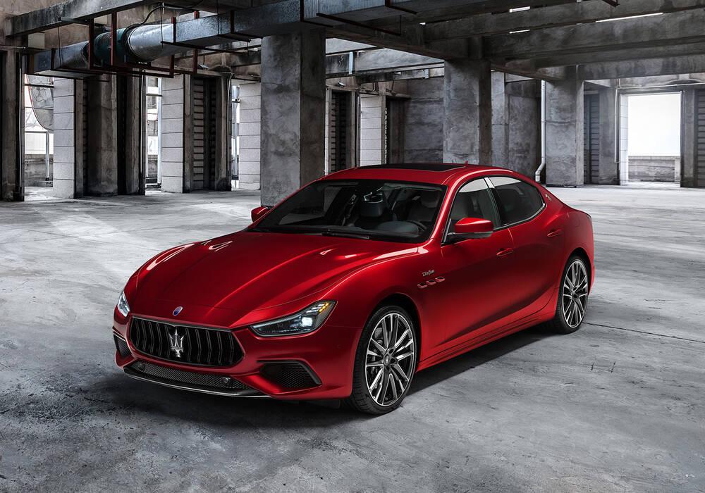 Fiche technique Maserati Ghibli III Trofeo (M157) (2020)