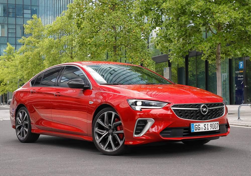 Fiche technique Opel Insignia II Grand Sport GSi (B) (2020)