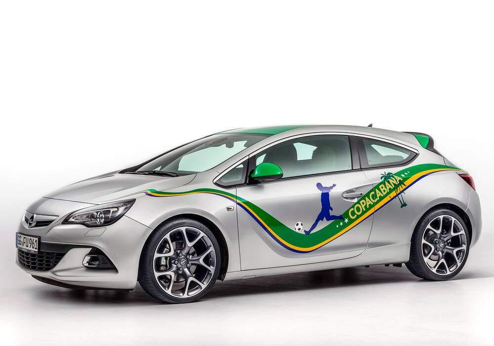 "Fiche technique Opel Astra GTC ""Copacabana"" (2014)"