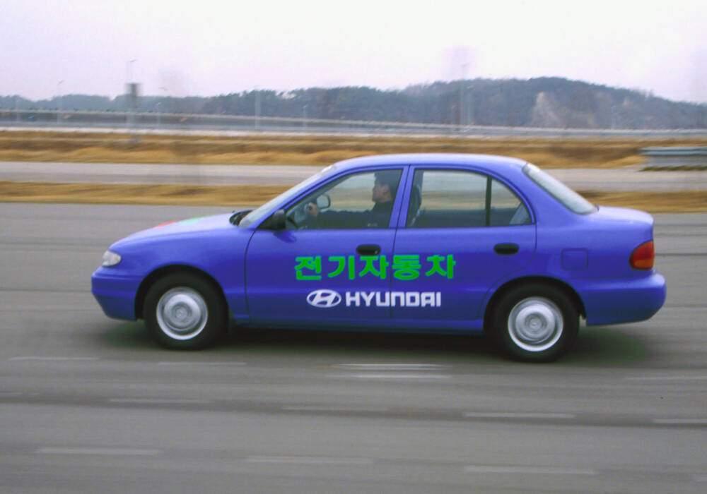 Fiche technique Hyundai Accent EV Concept (1995)