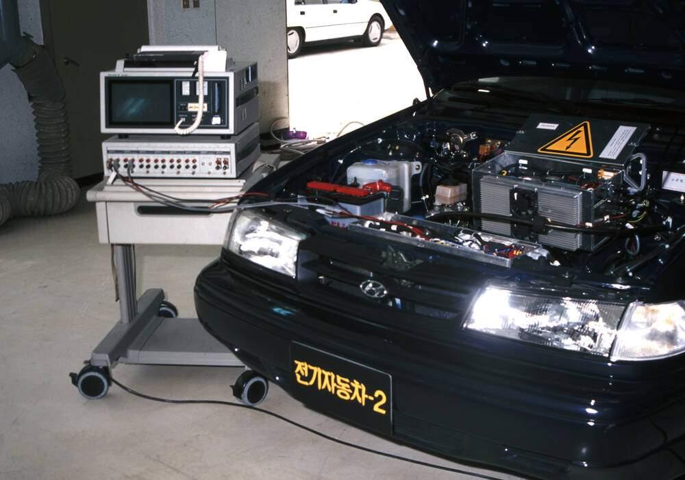 Fiche technique Hyundai Excel Sedan EV2 Concept (1992)